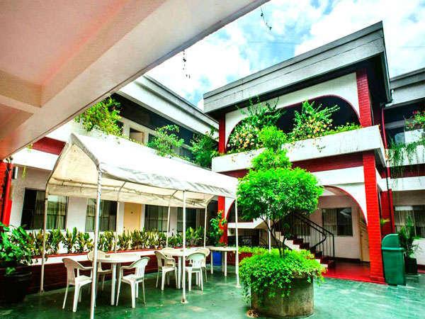 Manila Apartments
